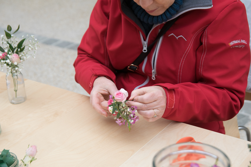 atelier bracelet de fleurs