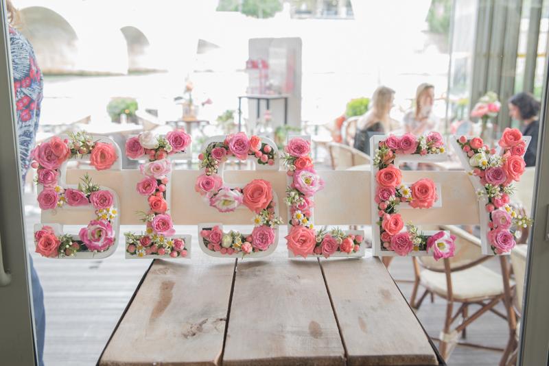 lettres fleuries Sisley